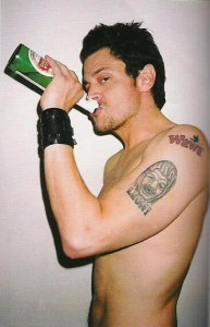 Actor Johnny Knoxville with a Wawa tat.